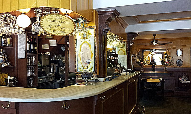 Café España. Barra