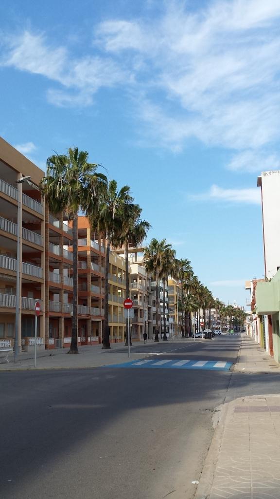 La principal avenida de la Playa de Nules