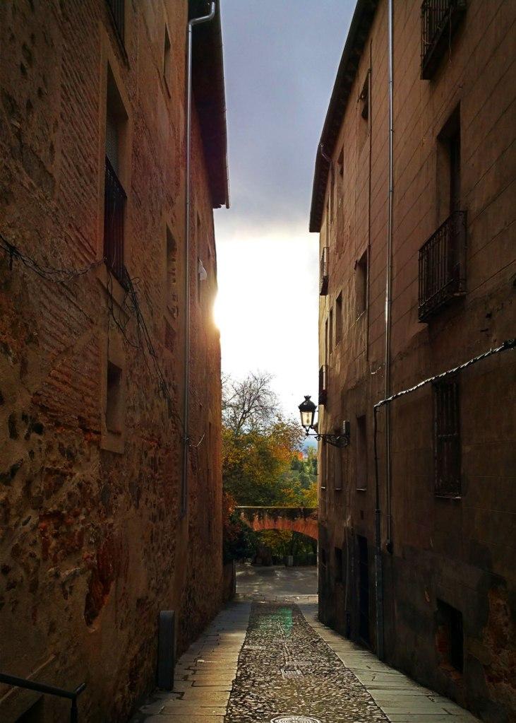 Segovia - Calle La Puerta de la Luna