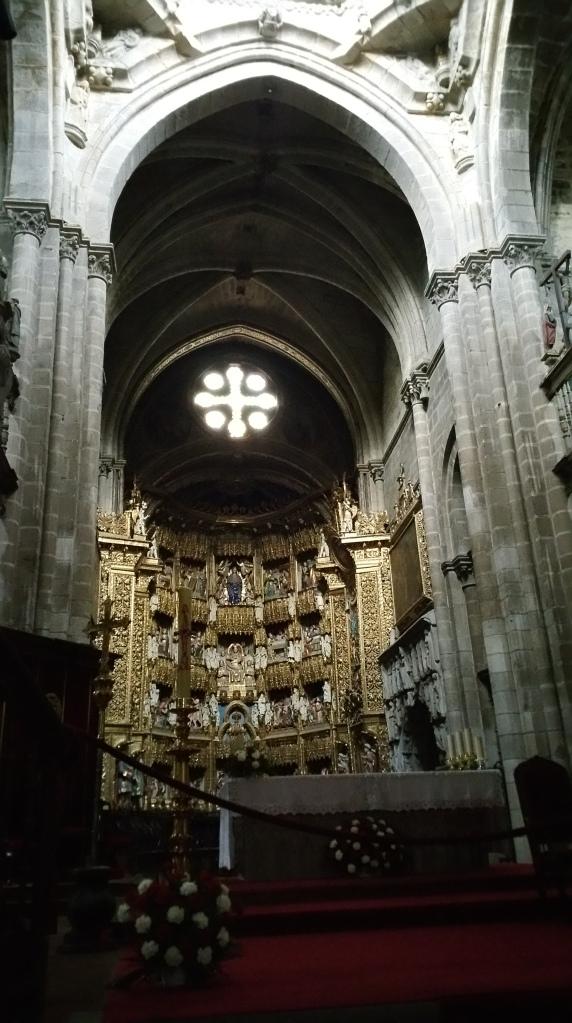 Orense: interior de la Catedral