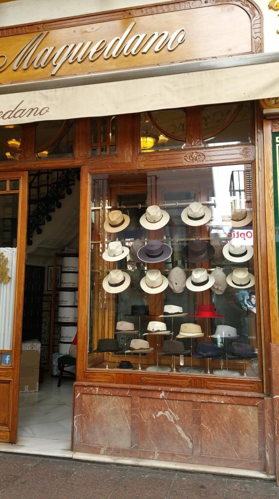 Sevilla.- Sombreros