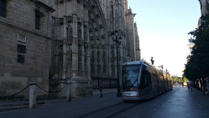 Sevilla.- El tranvía