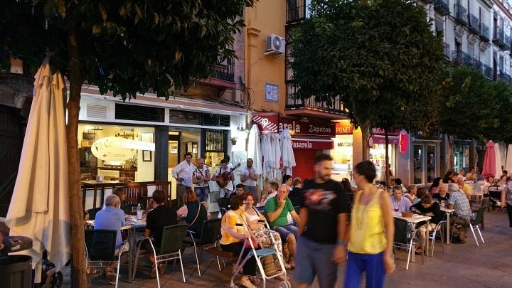 Sevilla.- Ambiente nocturno