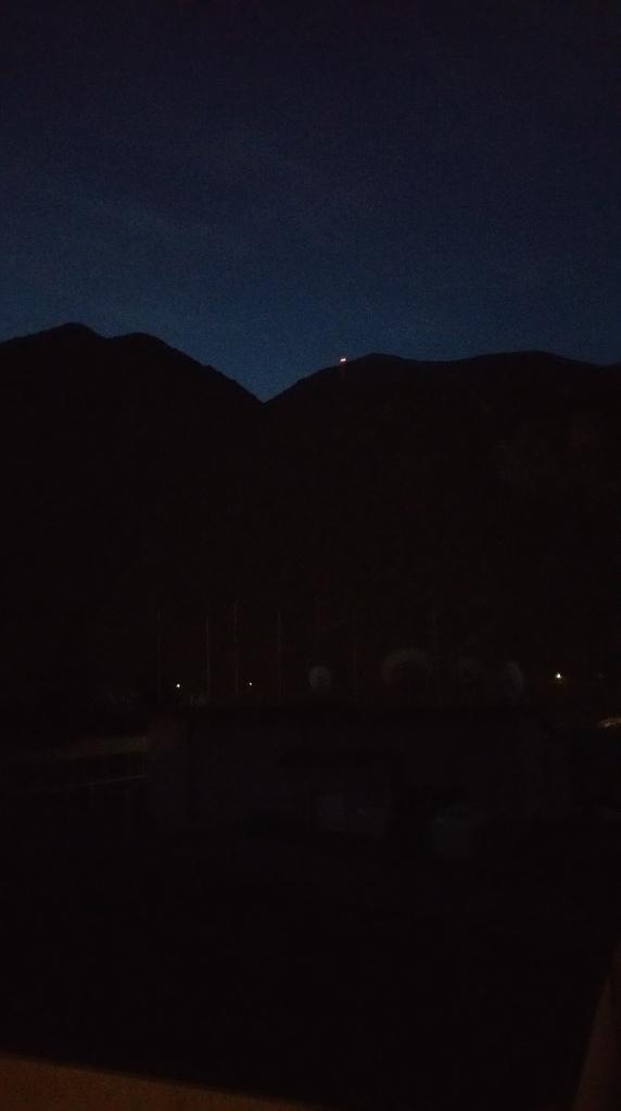 Andorra la Vella. Luces en la cumbre