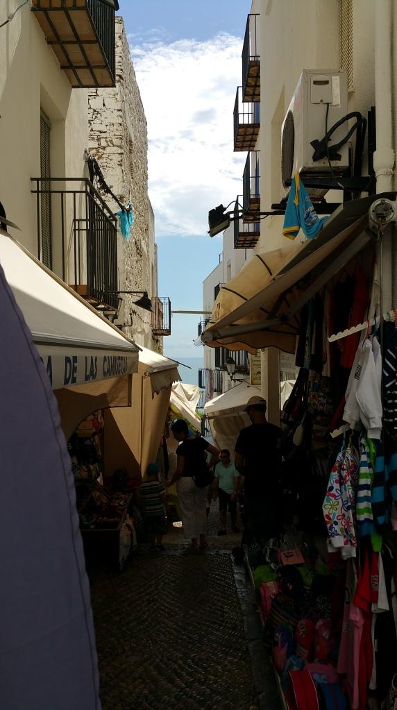 Peñíscola- Calle en la ciudadela antigua