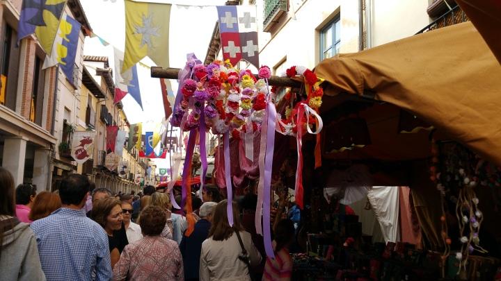 Mercado Cervantino de Alcalá- Coronitas