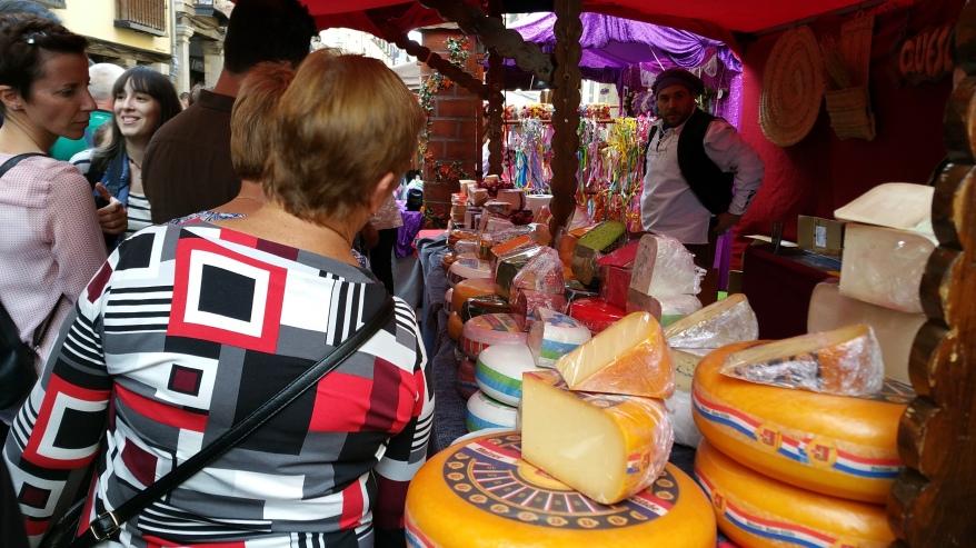 Mercado Cervantino de Alcalá- Comercio