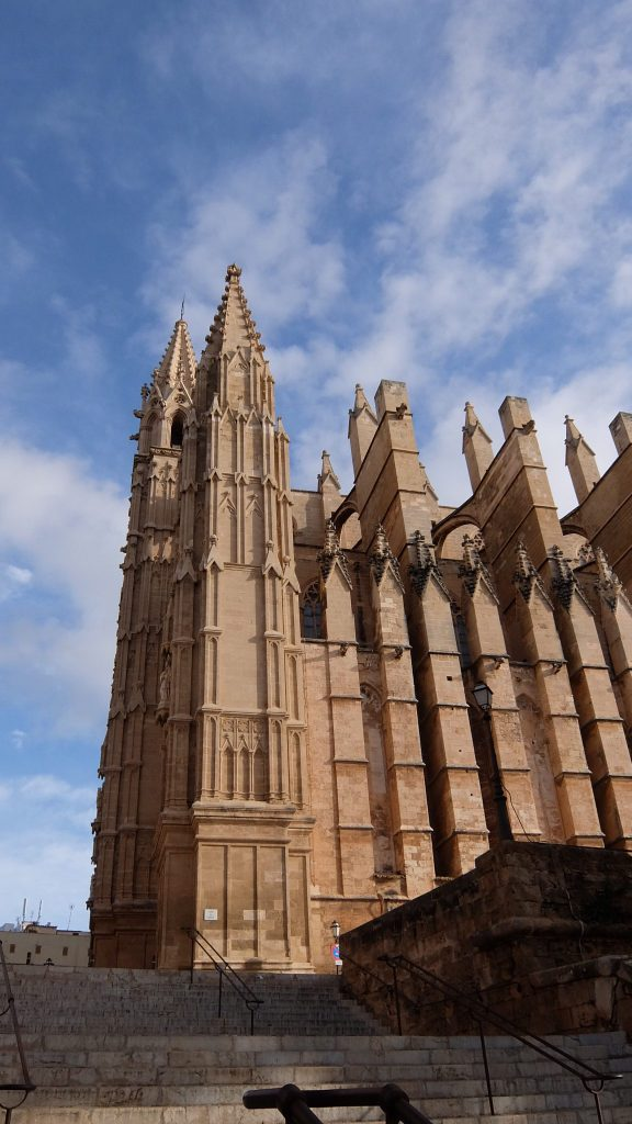 La-Catedral-de-Palma-fachada-Sur-e1481213195170.jpg